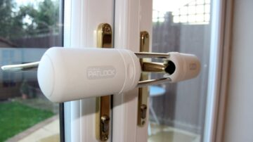 Patlock double glazing Locksmith in Stapleford